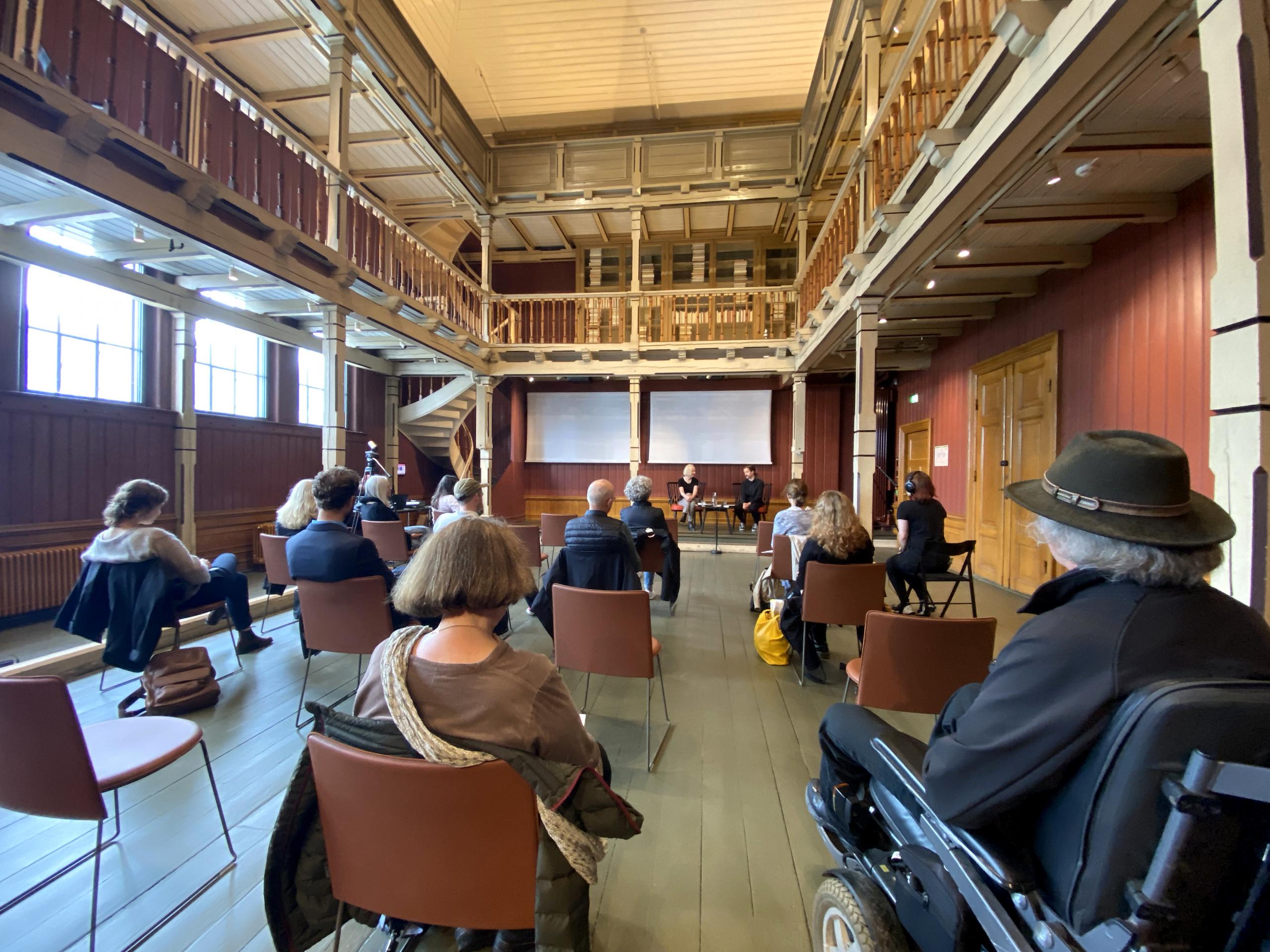 Bilde fra dialog om poesi under Aldringsfestivalen